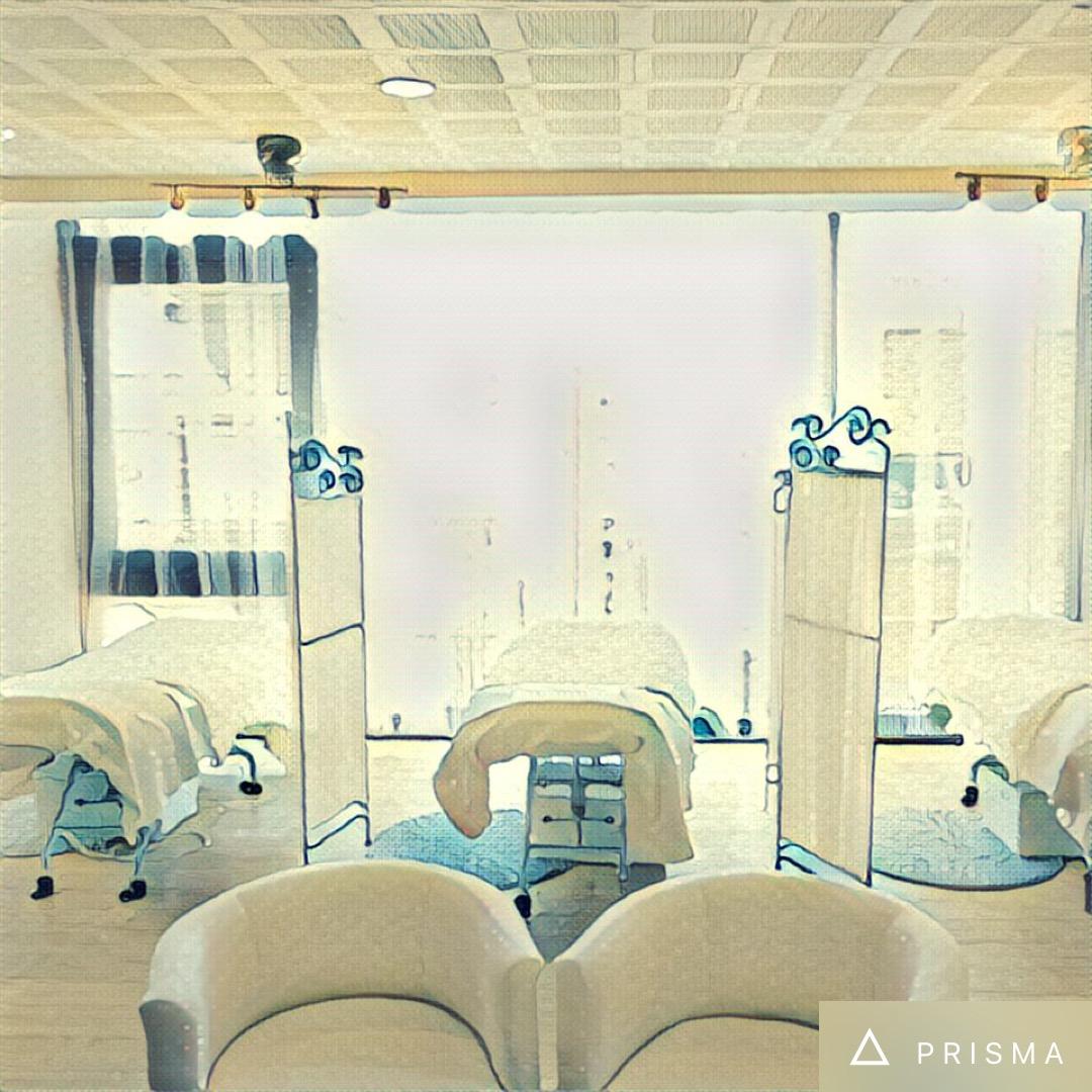 PRISMAでイラストに加工したマツエク東武練馬店の店内イメージ